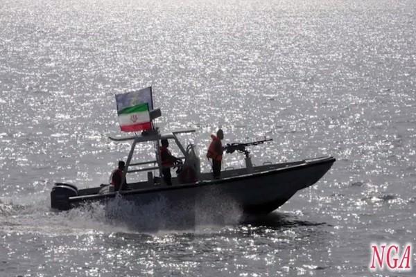 满载炸药小艇疑炸钻油平台 沙特逮捕3伊朗军人