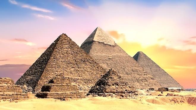 「遠古發電站」?古埃及金字塔揭秘