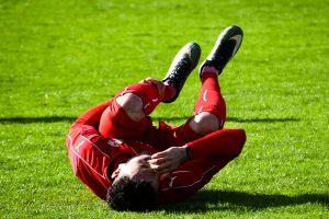 半夜睡覺小腿抽筋痛醒,他馬上扳起腳趾,迅速緩解疼痛!