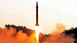 朝鮮再射飛彈 落入日本專屬經濟海域