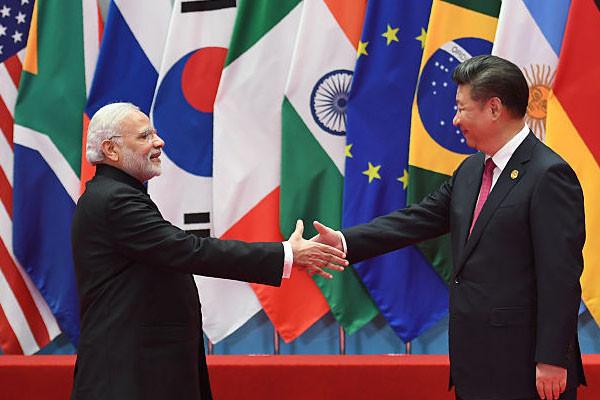 印军边境部署超10万人 中印首脑将紧急会晤