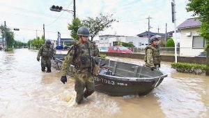 日本九州洪災 多地成孤島 15死多人失蹤(視頻)