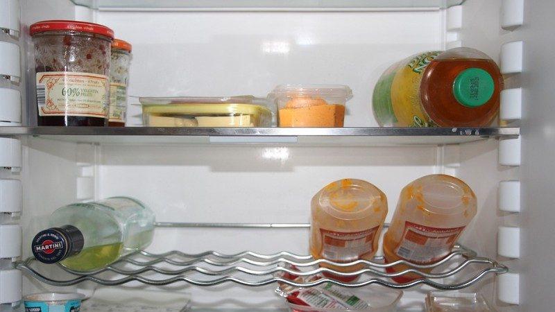 一碗水放在冰箱里,竟然省这么多的电费,快来学习一下吧!