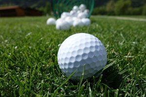 史上最強的高爾夫 一球毀掉一國空軍