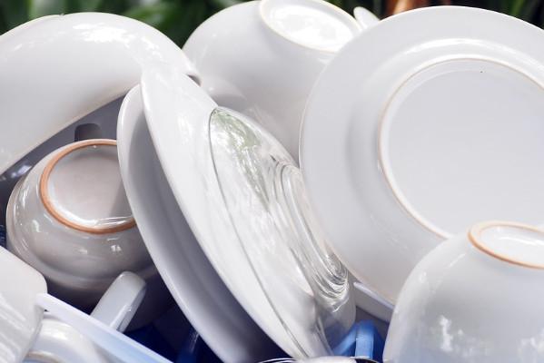 洗碗導致水管阻塞怎麼辦?平時要注意這件事!