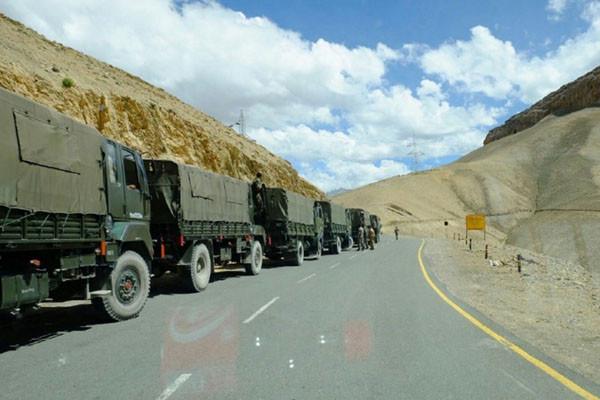 中印边界作战氛围紧张 军媒曝万吨物资入藏