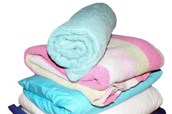 夏天毛巾最易发硬变臭,应多久消毒一次?