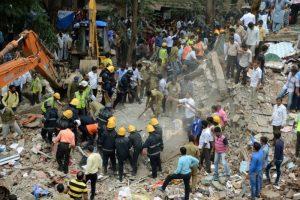 印度孟買4層建築倒塌 死亡攀升17死