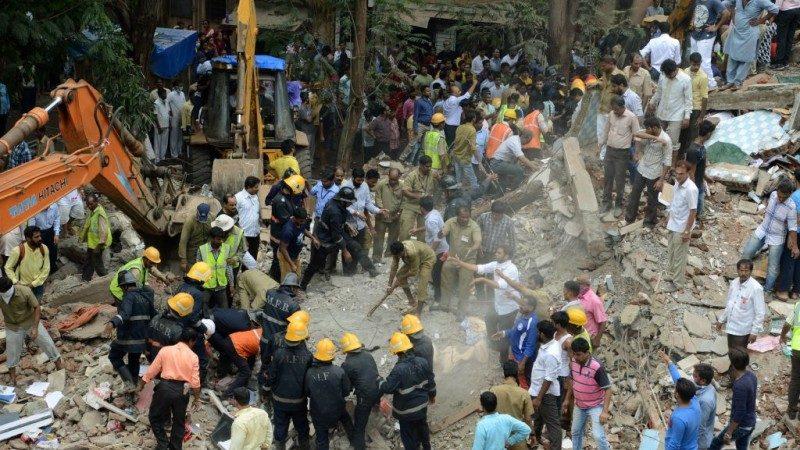 印度孟买4层建筑倒塌 死亡攀升17死