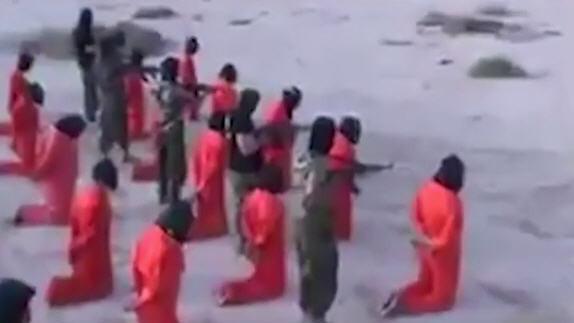 長槍爆頭 18名IS成員被槍決視頻曝光(視頻慎入)