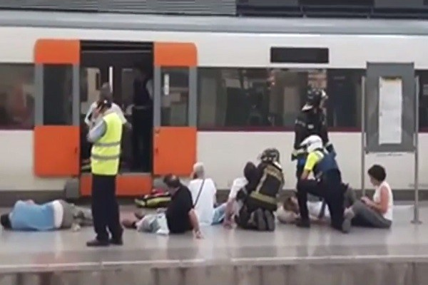 疑剎車失靈 西班牙火車撞月台 48人傷(視頻)