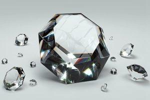 外籍男抢香港珠宝店被抓 疑吞下600万美元钻石