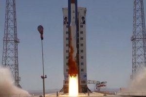 伊朗发射火箭 美批挑衅冻结6家公司资产