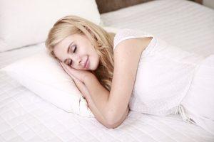 夏天不要贪凉,这样开空调睡觉会害了家人!