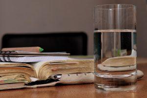 每天這樣喝溫開水,通常半個小時就排出宿便!