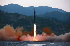 疑朝鮮未完全掌握洲際導彈技術 視頻顯示導彈空中解體