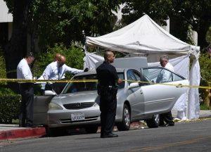目击者述中领馆枪击案:弹壳落点达24处 现场惨烈
