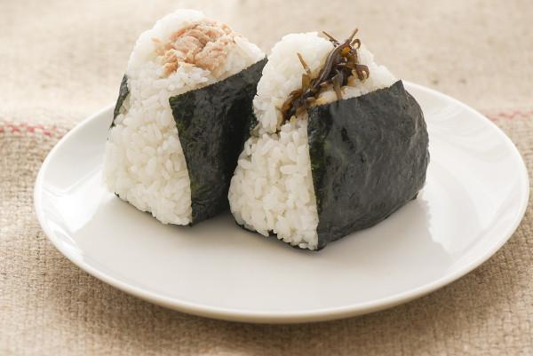 煮飯用自來水到底好不好?教你簡單一招讓米飯更好吃