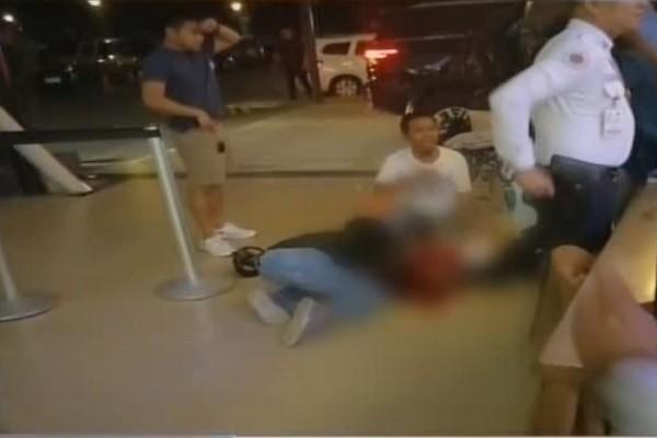 菲市议员遭近距离射杀 民众惊慌奔逃
