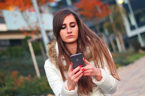 为什么滑脸书会上瘾?专家这么说