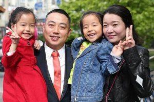 刘国梁卸任两月去向成谜 妻子发文曝行踪