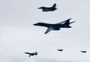 朝鲜恫吓攻击关岛 美B-1B轰炸机飞越半岛成常态