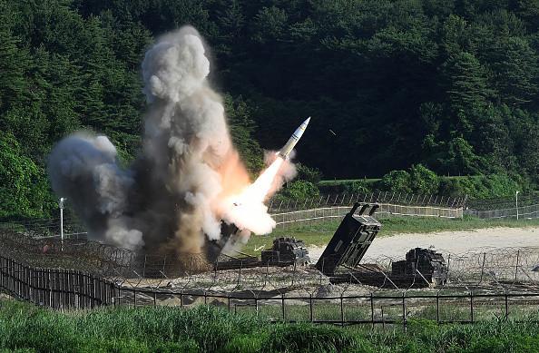 美媒:川普有权自行决定是否动用核武器