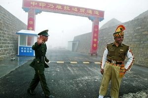 """班公湖冲突因迷路?印情报部:中方先掷石""""前所未有"""""""