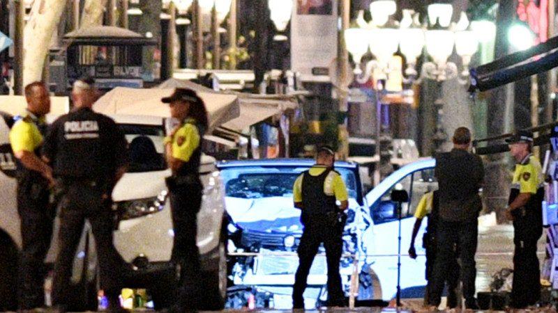 巴塞羅那致命恐襲 再傳車輛強過檢查哨撞倒2警
