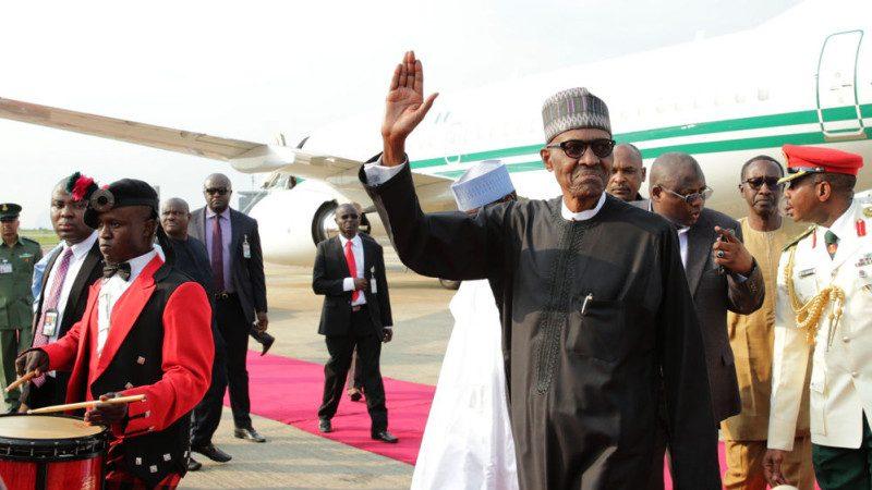 不回國就辭職 尼國總統滯留倫敦終於返國
