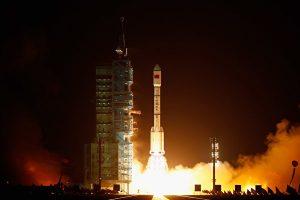 陸「天宮一號」失控將墜 八噸衛星含劇毒高腐蝕