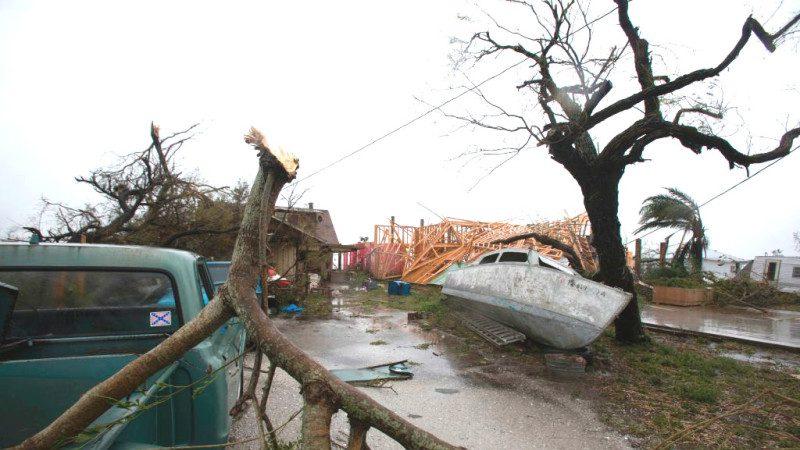 哈維颶風狂掃德州2死14傷 暴風雨將持續4天