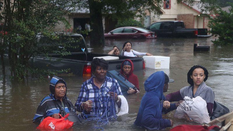 休斯頓2千災民獲救 官員請求居民協助