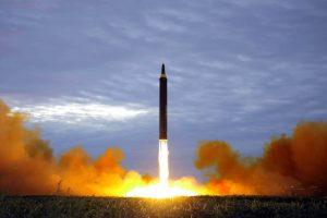 朝鲜再发导弹飞越日本 美专家解析为何不拦截