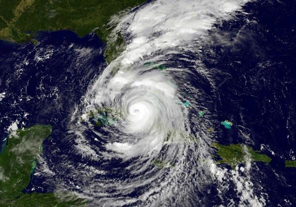 一路留下创伤 飓风艾玛横扫加勒比海破5大纪录