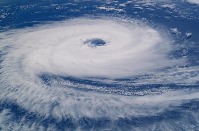 遭颶風連番襲擊 美國或再迎颶風荷西登陸