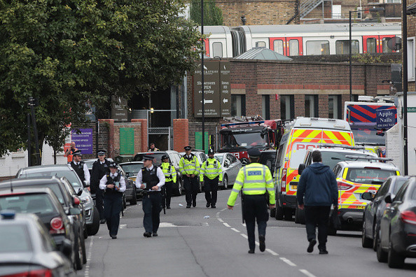 伦敦恐袭案嫌犯养父母收养逾2百孩子 曾获女王授勋
