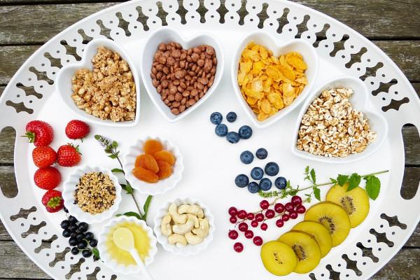 只要选对食物 减肥时照样能吃点心