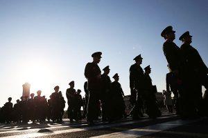 軍內巡視罕見不提反腐 習近平察覺軍事政變危險?