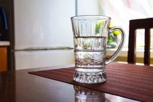 饮用热白开水可防健忘 这个时间喝最好