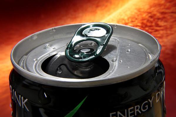 喝能量飲料真的能提神嗎 專家這樣說