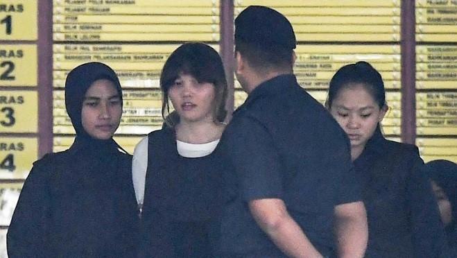 毒杀金正男证据浮出 2女嫌衣服有VX降解迹证