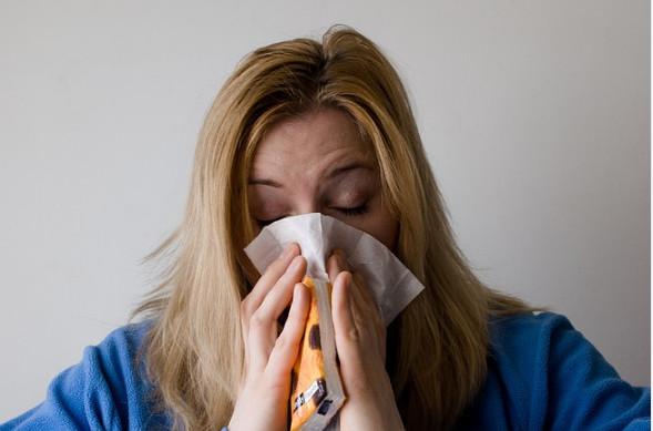 感冒总是好不了 英教授让你1天就痊愈 吃对食物也很重要