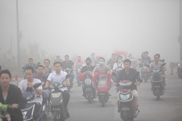 陰霾再襲北京等地 網友哀嘆:令人窒息