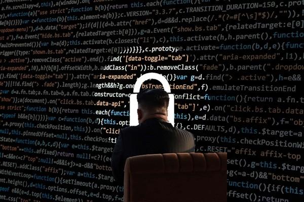 嚴懲朝鮮黑客攻擊 川普下令對朝網絡開戰