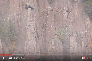 意大利黏土角锥 构成异世界景观(视频)
