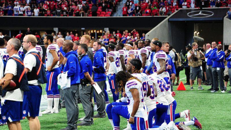 NFL或拟制定规则:听国歌都要站立