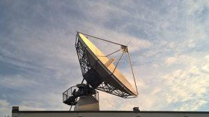 央视吹捧高速上网卫星  网友一语道破:防火墙架太空