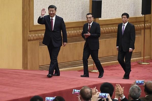 19大新政治局常委記者會 數家西方媒體被拒之門外