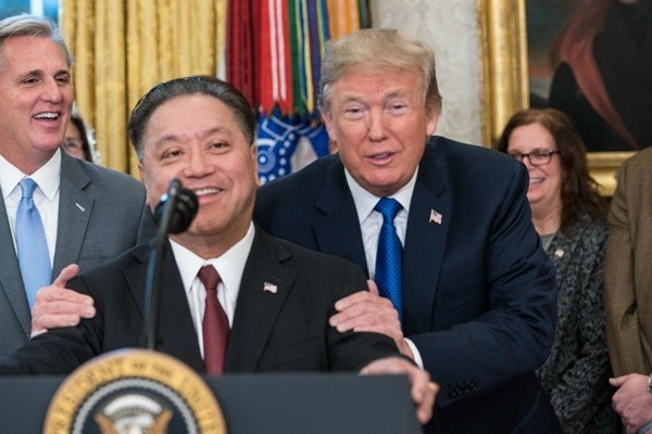 200亿美元回流 川普:博通公司将迁回美国